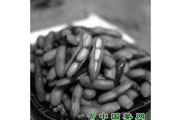 初夏各种时令蔬菜登场 ()